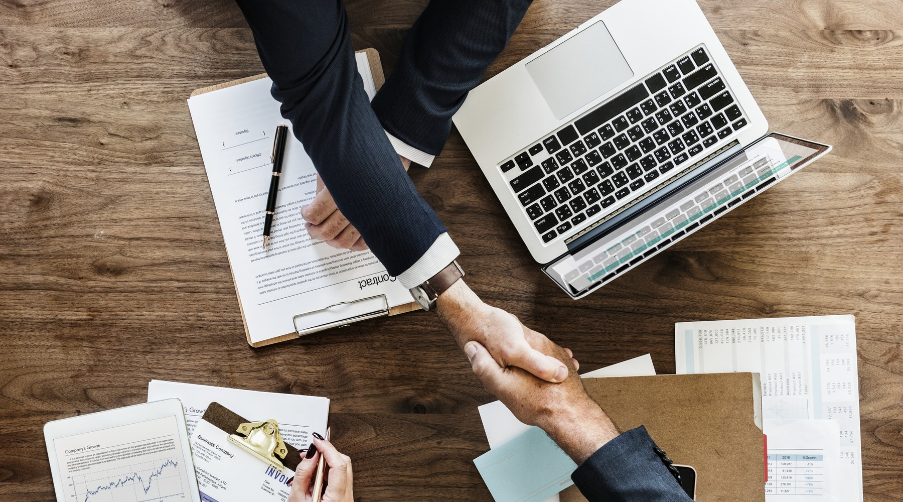 Want To Get Paid What You Deserve? Learn All The Salary Negotiation Techniques From This Free Course